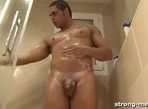 strongmen;shower;stud;latin;nude;naked;hunk;solo;softcore;amateur;fetish;masturbation;european;tattoo,Solo Male;Gay;Hunks Dennis...