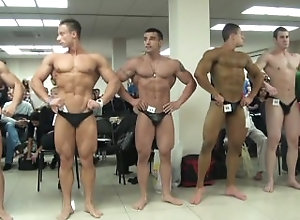 bodybuilder;muscle,Muscle;Gay OCT 18 2013