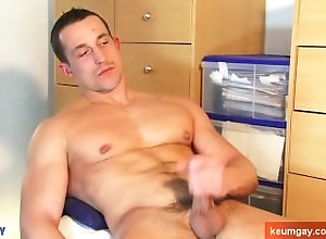 keumgay;massage;gay;hunk;jerking-off;huge-cock;dick;straight-guy;serviced;muscle;cock;get-wanked;wank,Massage;Big Dick;Gay Full video: A...