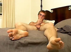 Gay,Gay Masturbation Solo,Gay Feet/Foot Fetish,Gay Twink,scottie blaze,solo,masturbation,foot fetish,short hair,cum jerking off,in the bedroom,socks,american,twink,gay Toned Straight...