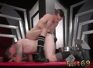 ass-shot;male-masturbation;fist;big-cock;gay-sex;fetish;rosebud;tattoo;gay,Euro;Gay;College Guy fists and...