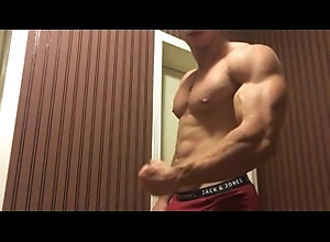 gay-muscle;muscle;hunk,Muscle;Solo Male;Pornstar;Gay;Amateur,max hardcore alpha muscle hunk