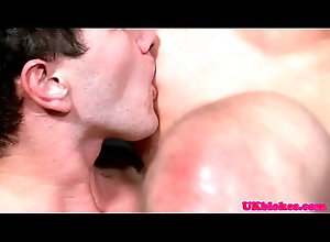 anal,tattoo,british,gay,euro,uk,london,stud,muscular,athletic,hunk,brit,english,jock,gaysex,gay English hunk...