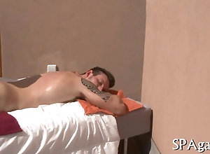 anal,blowjob,fucking,hardcore,gay,massage,oil,outdoors,spooning Tattooed hunk...