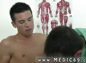 reality;stud;physical;straight;doctor;physical-examination;gay;amateur;gaymen,Gay;College;Reality Young boy gets...